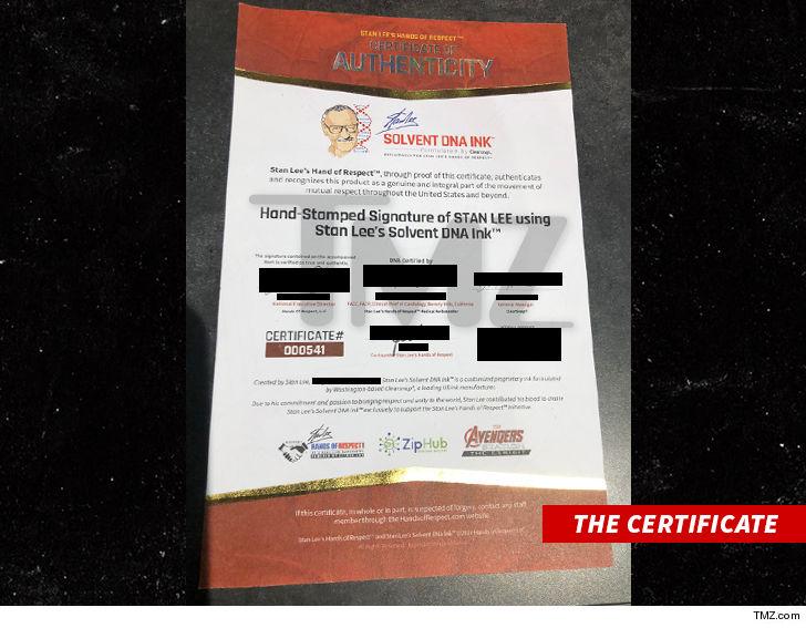 TMZ: У Стэна Ли украли образцы крови, чтобы подписывать ею комиксы и продавать их 2