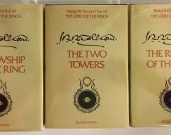 «Властелин колец» и «Дракула» попали в список книг, которые не надо читать