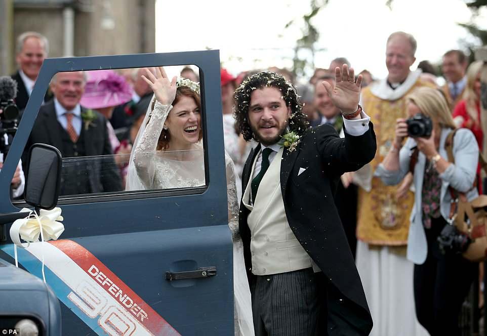 Фото: свадьба Кита Харрингтона и Роуз Лесли. Теперь Джону Сноу предстоит многое узнать!