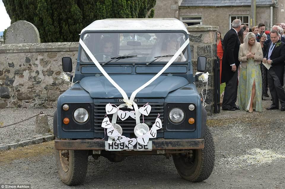 Фото: свадьба Кита Харингтона и Роуз Лесли. Теперь Джону Сноу предстоит многое узнать! 13