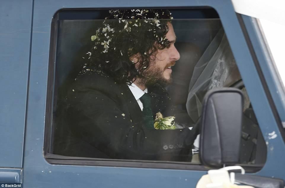 Фото: свадьба Кита Харингтона и Роуз Лесли. Теперь Джону Сноу предстоит многое узнать! 14