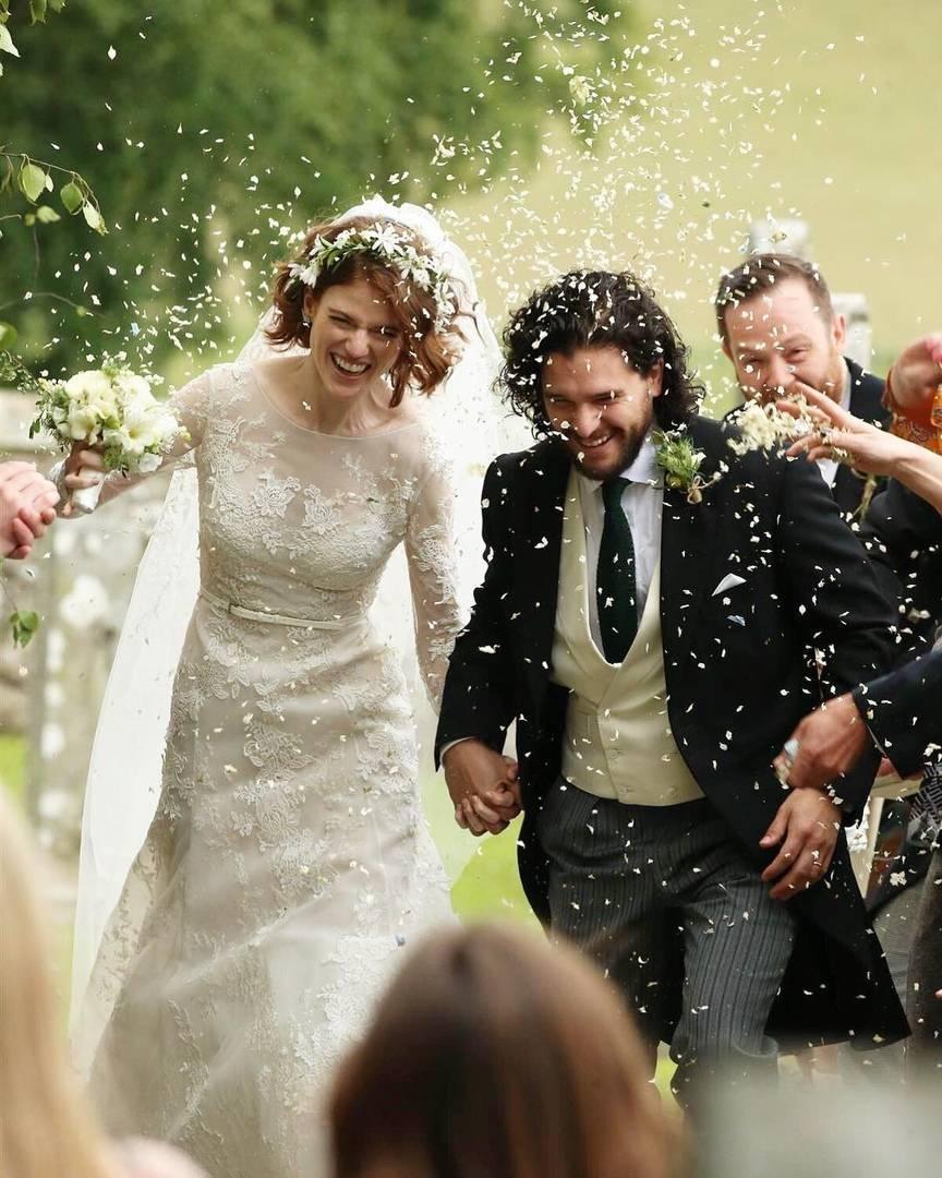 Фото: свадьба Кита Харингтона и Роуз Лесли. Теперь Джону Сноу предстоит многое узнать! 12