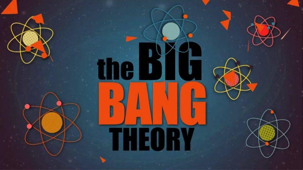 10 раз, когда «Теория Большого взрыва» научила нас любить науку Кристина Гизатулина Телеканал CBS заявил о закрытии ситкома «Теория Большого взрыва» на 12 сезоне. За 10 лет, которые мы провели с Шелдоном, Леонардом, Раджем и Говардом, мы освоили 3D- шахматы, закупились пряжками со световыми мечами и осилили интернет-шоу о флагах, но, что более важно, полюбили науку. Герои ситкома часто задавались несерьезными вопросами: почему имя и фамилия героев Стэна Ли начинаются с одной и той же буквы (Питер Паркер, Стивен Стрэндж), можно ли поднять молот Тора, кто лучше всего сыграл Бэтмена и есть ли дыры в сюжете «Индианы Джонса». Но как шоу Профессора Протона в своё время заставило наших ботаников пойти в науку, так и нам стал ближе загадочный мир физики, нейробиологии и других областей наук, которые нетривиально преподносилась на протяжении 11 выпущенных сезонов. Множество учёных и популяризаторов науки снялись в сериале: Стивен Хокинг, Бил Най, Илон Маск, Брайан Грин, Джордж Смут. Главные герои — однофамильцы лауреатов Нобелевской премии по физике Леона Нила Купера и Роберта Хофштадтера. Самые разные изобретения, открытия и теории получили новую жизнь в сериале о профессиональных гиках. Большой взрыв Название сериала перекликается с космологической моделью Большого взрыва. В астрофизике это означает взрывной процесс, породивший Вселенную. Возникла она из скопления элементарных частиц огромной плотности, давления и температуры. Если вслушаться в слова песни из заставки сериала, проще понять суть этой теории: Наша Вселенная была горячей и плотной, Но 14 миллиардов лет назад начала расширяться. Земля начала охлаждаться, автотрофы — пускать слюни, Неандертальцы изобрели орудия... А всё началось с большого взрыва! Эффект Доплера (1 сезон серия 6) Неразлучный квартет получает приглашение на костюмированную вечеринку у Пенни. После того, как все поголовно наряжаются в костюмы Флэша, друзья решают выбрать альтернативные наряды. Шелдон Купер не хочет изображать Робина Гуда, Фродо и