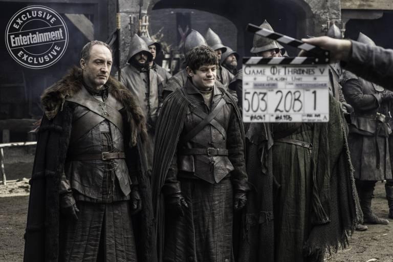 Entertainment Weekly поделился кадрами со съёмок «Игры престолов» 5