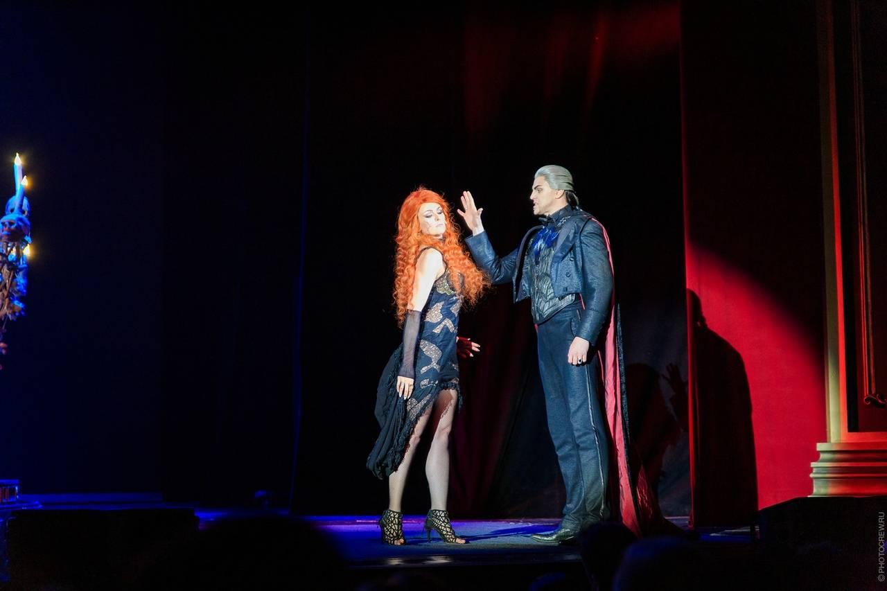 Петербургский театр объявил, что Джим Керри сыграет Воланда в их мюзикле «Мастер и Маргарита»
