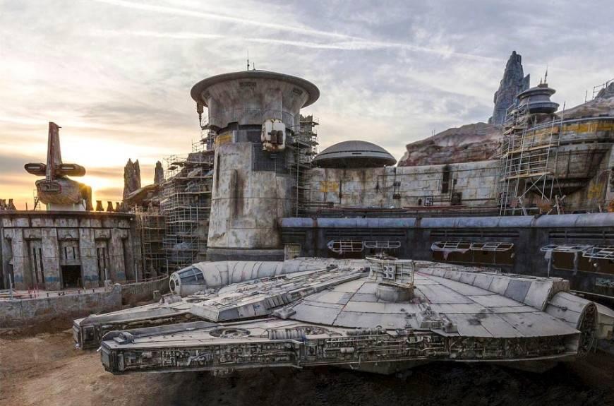 «Диснейленд» по «Звёздным войнам»: что будет в Galaxy's Edge 8