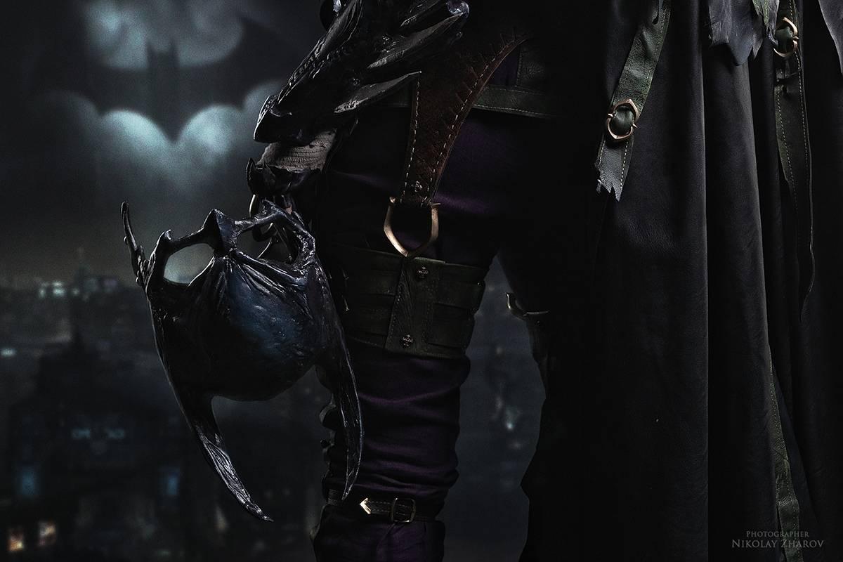 Косплей: образ-кроссовер Бэтгёрл и Джокера