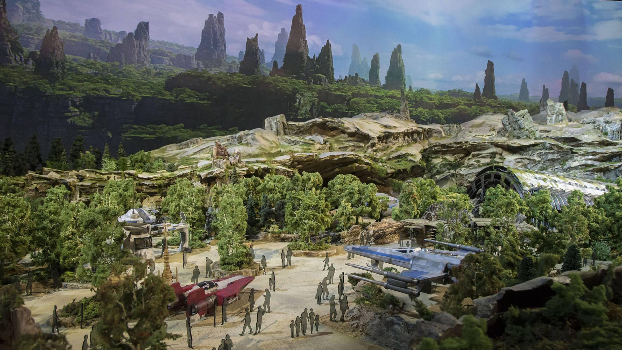 «Диснейленд» по «Звёздным войнам»: что будет в Galaxy's Edge 24