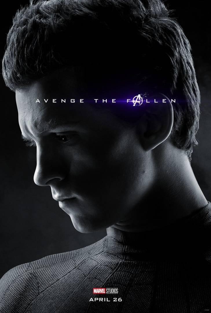 Студия Marvel показала 32 постера к фильму «Мстители: Финал» 21