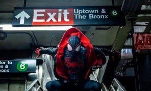 Косплей: герои мультфильма «Человек-паук: Через вселенные»