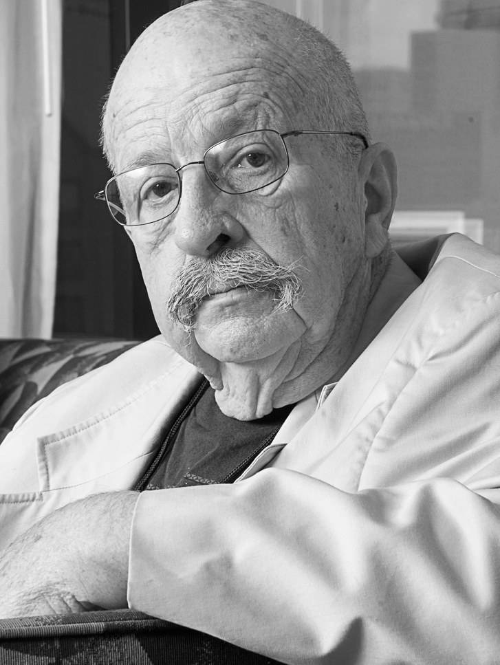 В возрасте 87 лет умер американский фантаст Джин Вулф