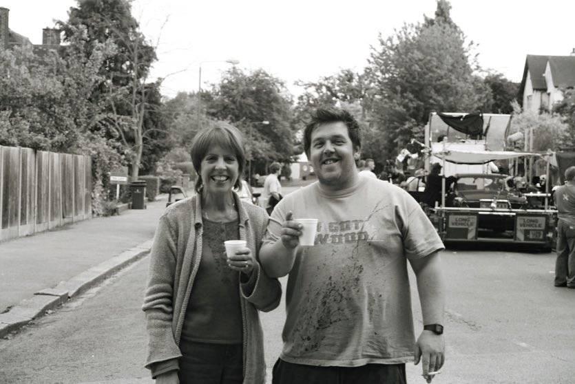 Фото: Эдгар Райт поделился снимками со съёмок «Зомби по имени Шон» в честь 15-летия фильма 2