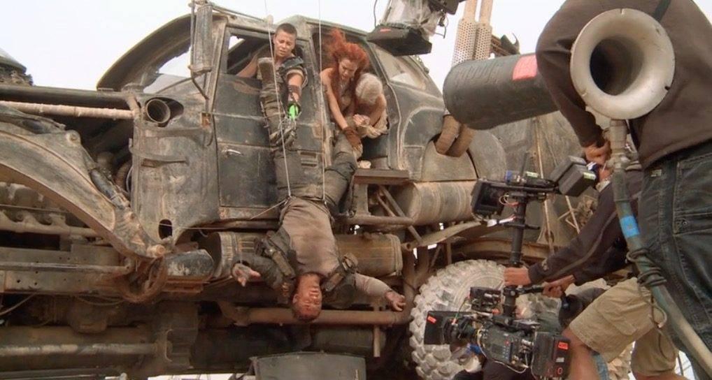 Безумный Макс: 40 лет фильмам про воина дороги 24