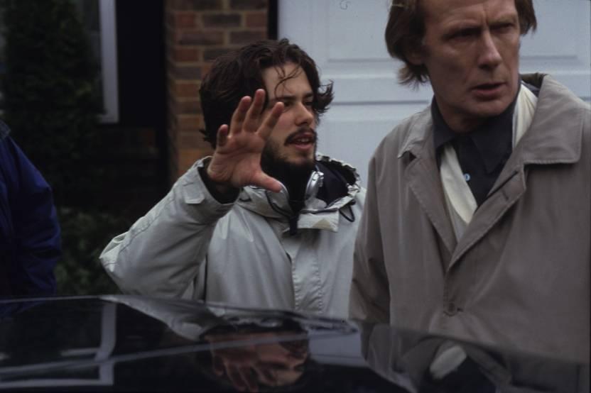 Фото: Эдгар Райт поделился снимками со съёмок «Зомби по имени Шон» в честь 15-летия фильма 12