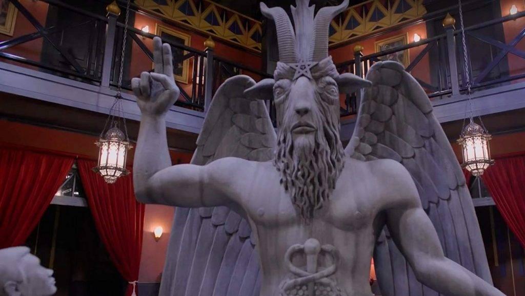 «Леденящие душу приключения Сабрины», часть 2: сатанизм, патриархат, трансгендер — но вам понравится 7