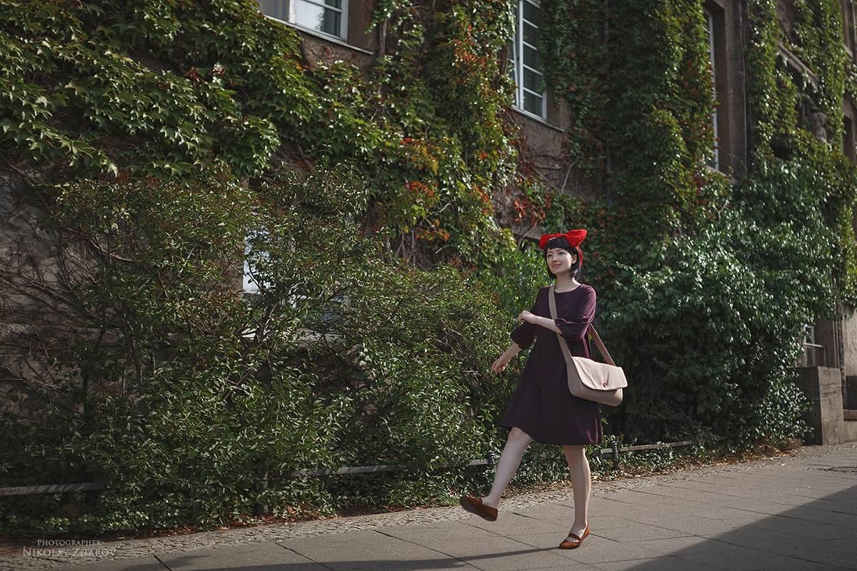 Косплей: Кики из«Ведьминой службы доставки» 1