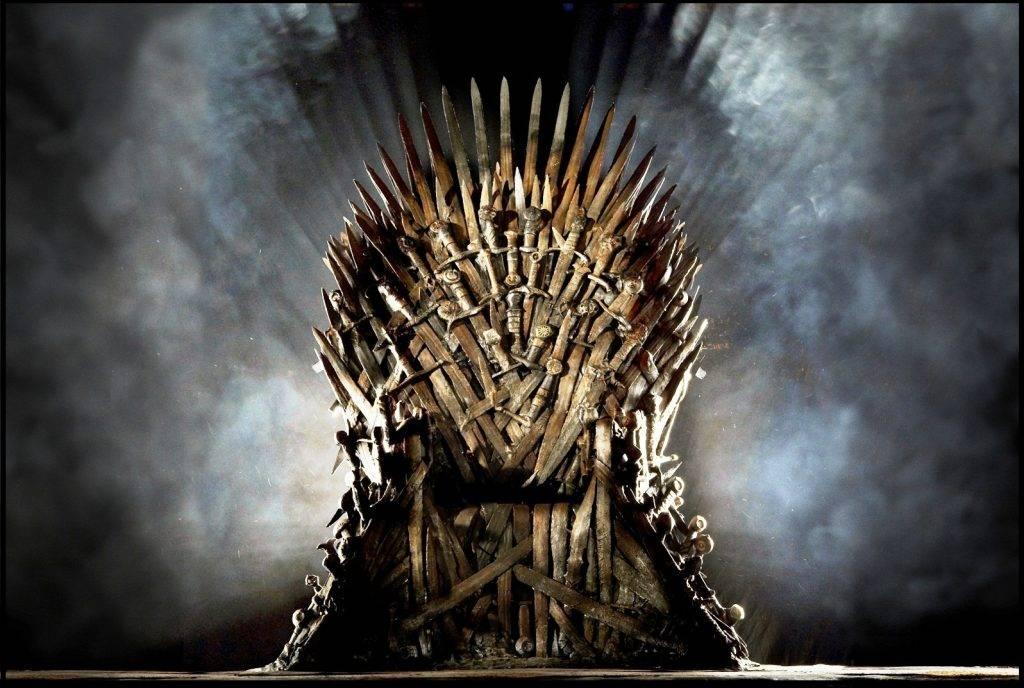 Чем кончится «Игра престолов»? Кого убьют, а кто займёт трон? Дейенерис — злодейка? 4