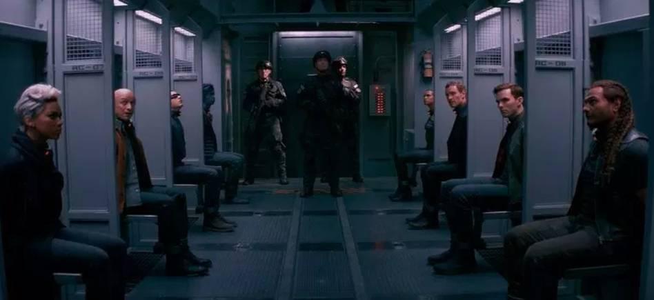 Режиссёр «Тёмного феникса» рассказал о пересъёмках третьего акта — из-за пересечений с другим супергеройским фильмом