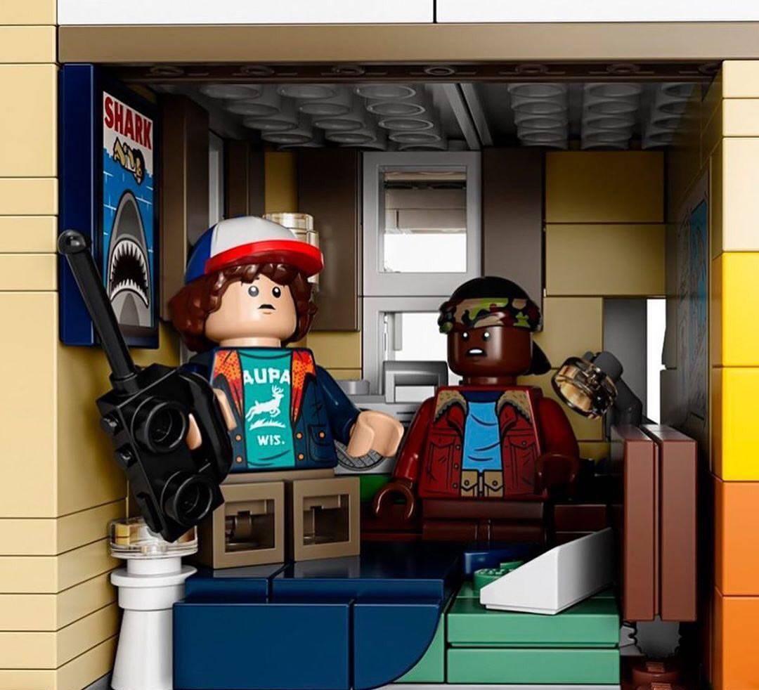 Компания LEGO анонсировала набор по «Очень странным делам»