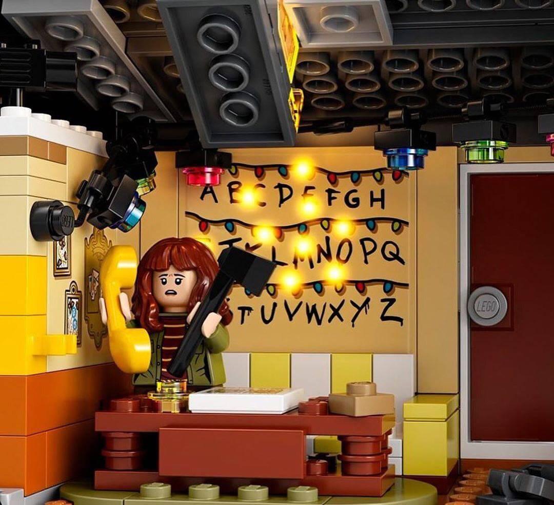 Компания LEGO анонсировала набор по «Очень странным делам» 3