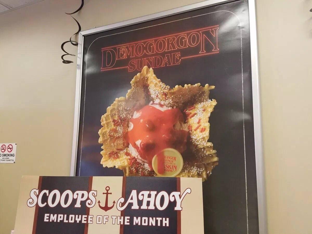 «Баскин Роббинс» стилизовал свои кафе в честь премьеры третьего сезона «Очень странных дел» 6