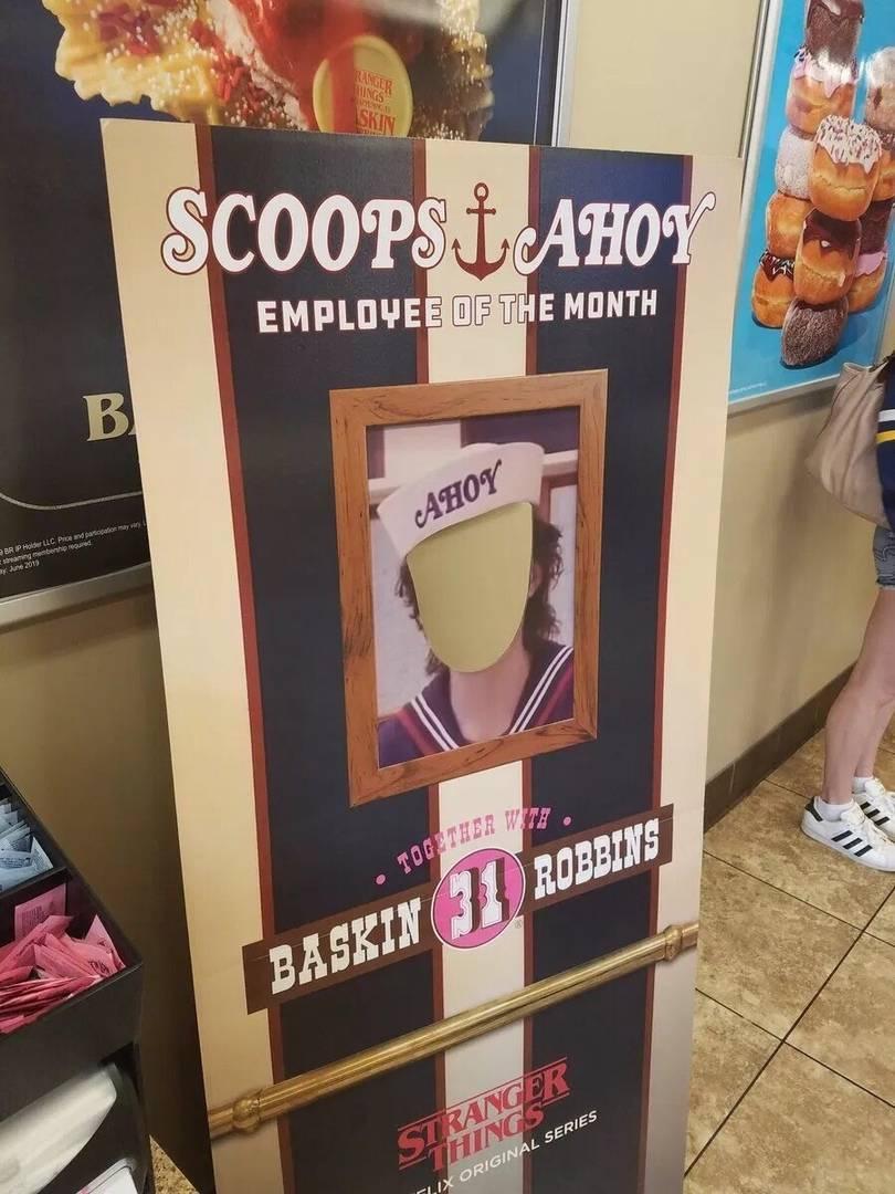 «Баскин Роббинс» стилизовал свои кафе в честь премьеры третьего сезона «Очень странных дел» 2