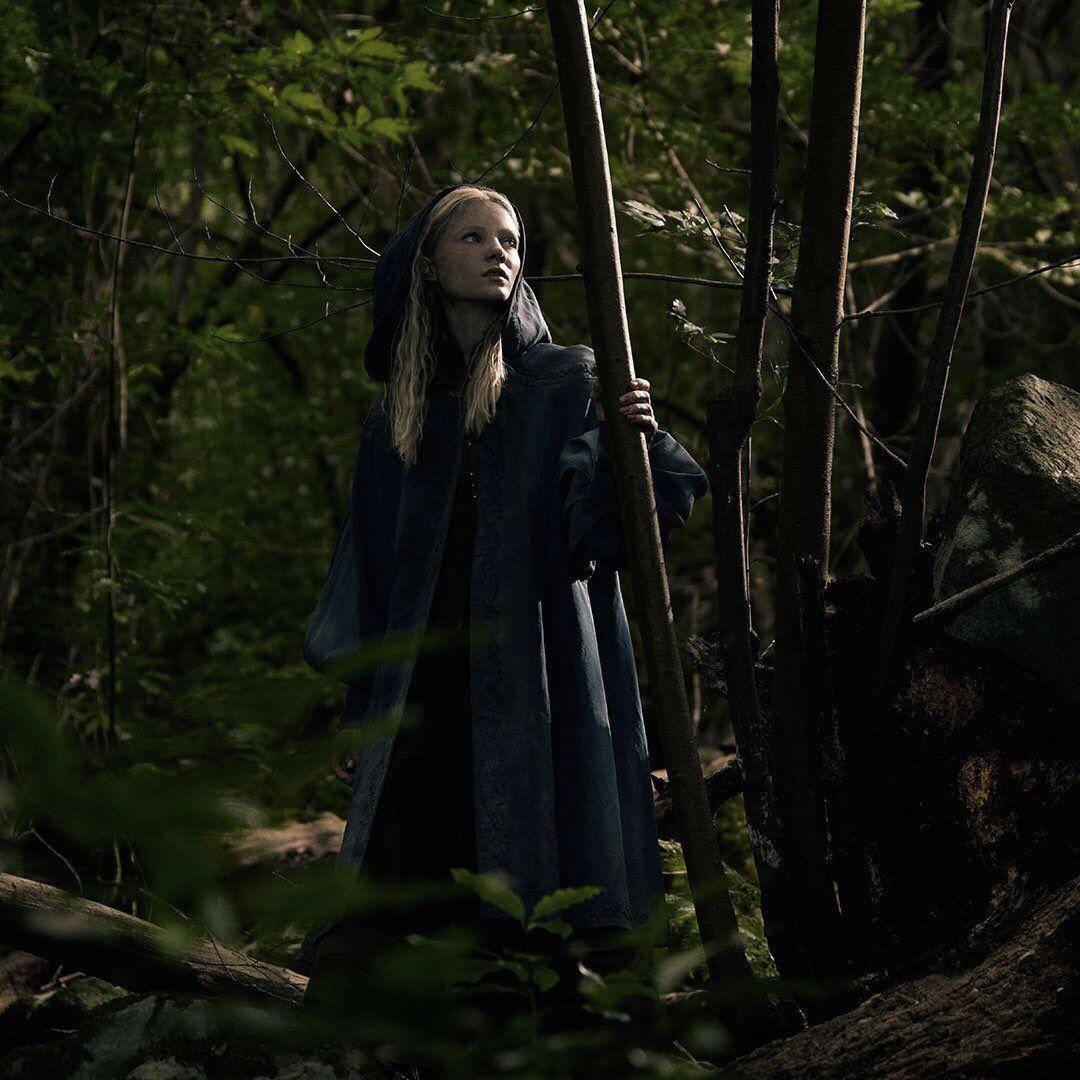 Netflix показал первый постер «Ведьмака» и промо Геральта, Йеннифер и Цири 2
