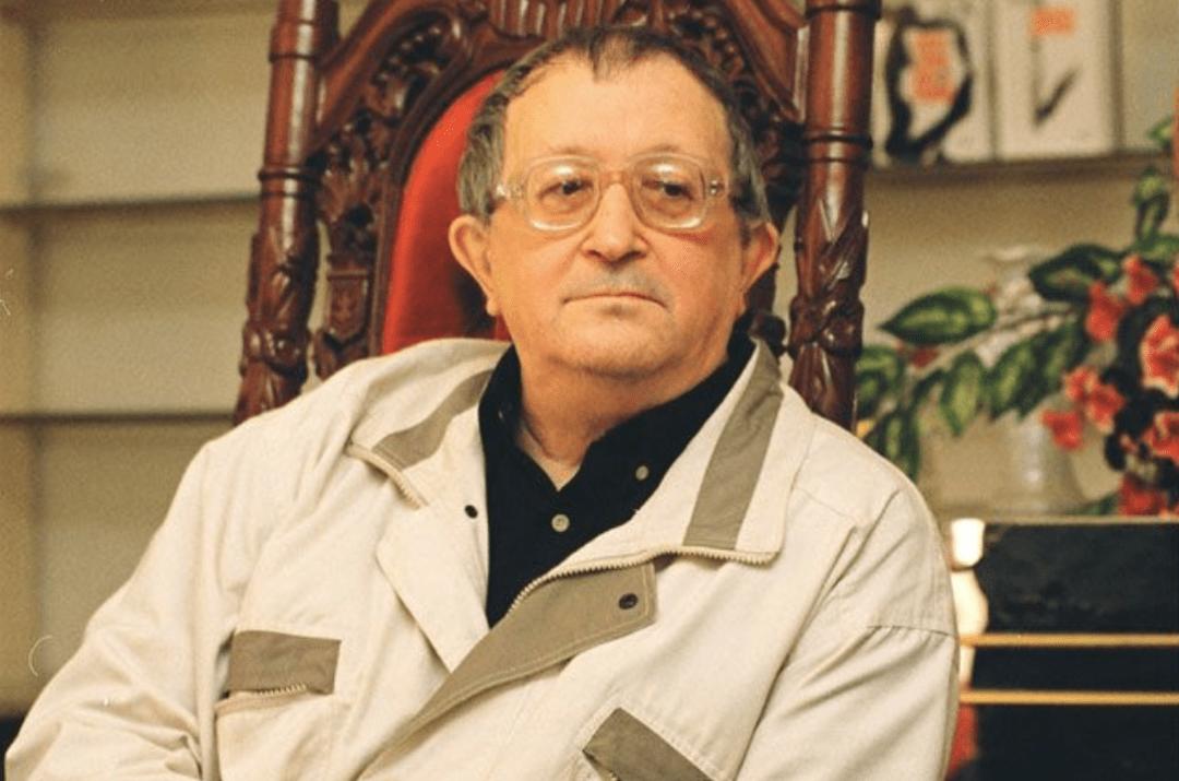 Комитет культуры Санкт-Петербурга потребовал справку, что Борис Стругацкий — писатель