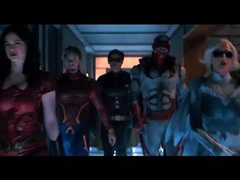 Первый тизер второго сезона «Титанов»: с Йеном Гленом в роли Брюса Уэйна