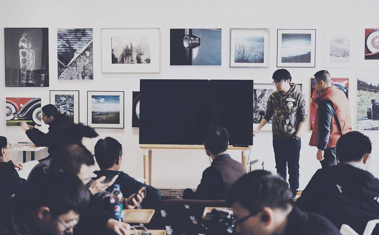 Центр EDCrunch University собирается ввести в вузах анализирующий ИИ для принятия решений об отчислении студентов