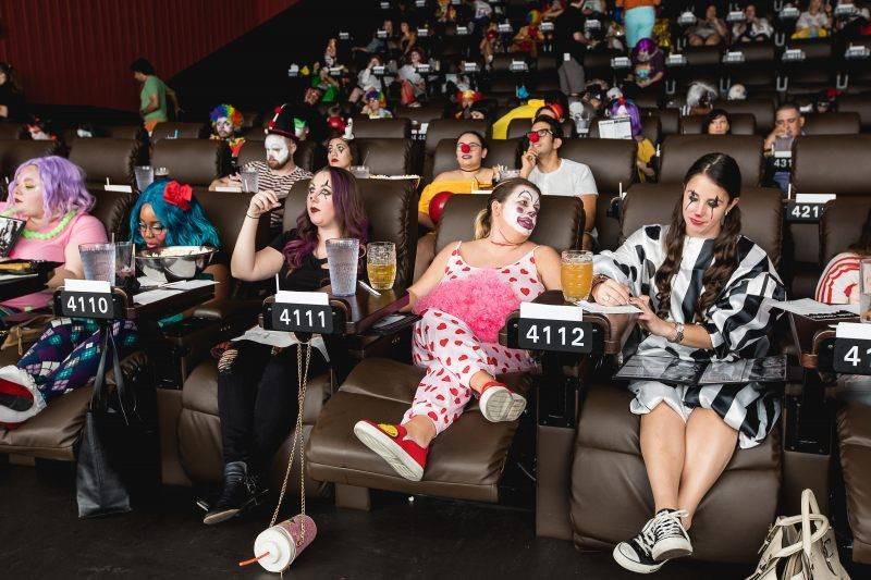 Американская сеть кинотеатров устроит спецпоказы сиквела «Оно» только для «клоунов» 2