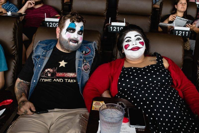 Американская сеть кинотеатров устроит спецпоказы сиквела «Оно» только для «клоунов» 3