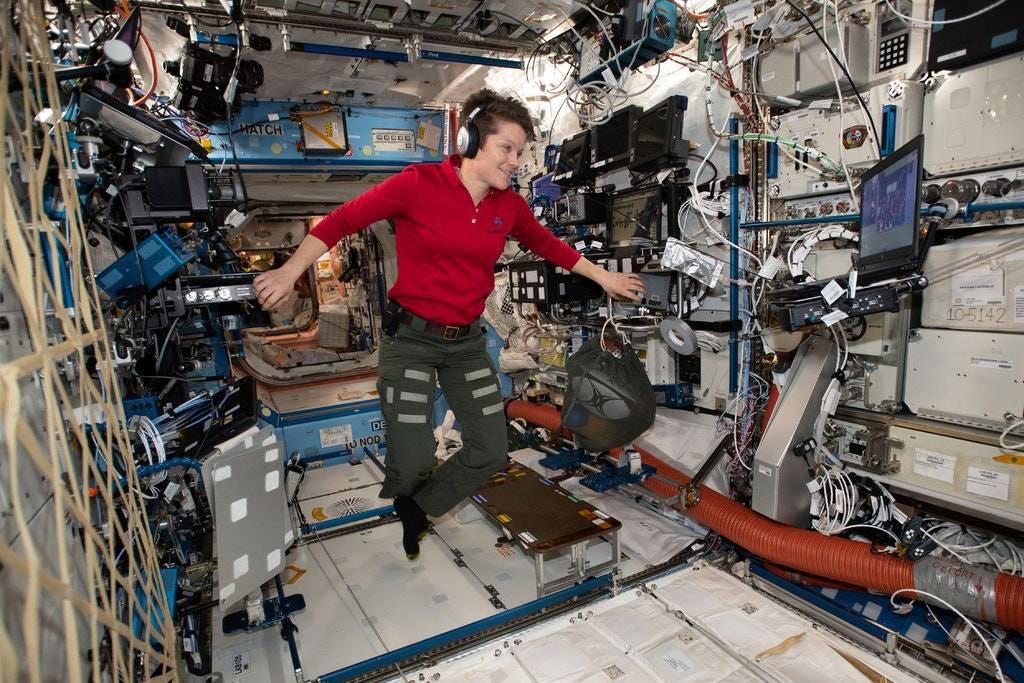 NASA начала расследовать, вероятно, первое преступление в космосе — несанкционнированый доступ к счёту в банке