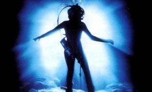 «Бездна»: великолепный подводный ад Джеймса Кэмерона