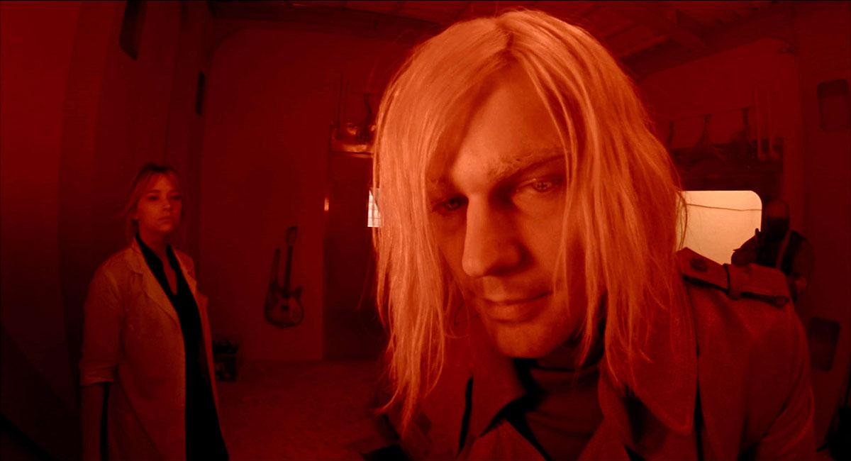 «Налицо русофобское отношение!»: в РПЦ объявили клеветой фильм «Карамора» про вампиров и царскую семью