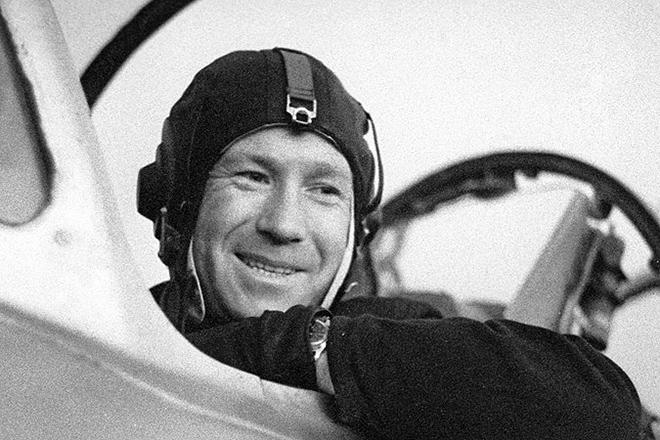 На 86-м году жизни умер советский космонавт