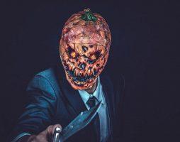 Семь страшных историй на Хэллоуин