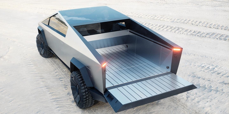 Илон Маск представил футуристический бронированный (почти!) пикап Tesla Cybertruck 1