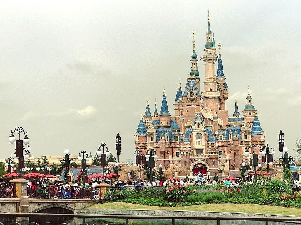 Disney чуть не купили Twitter и Apple: глава студии раскрыл секреты в мемуарах 9
