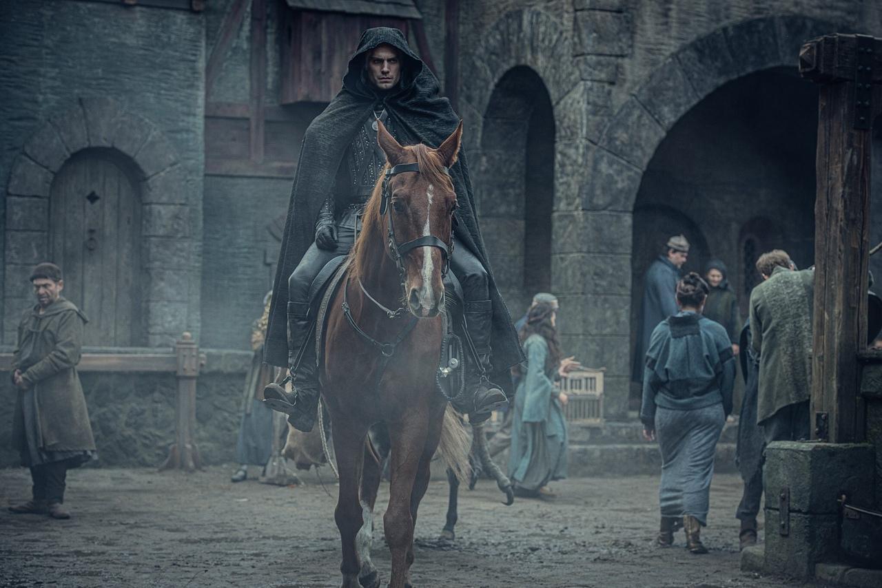 Netflix продлил «Ведьмака»на второй сезон —за полтора месяца до выхода первого 7