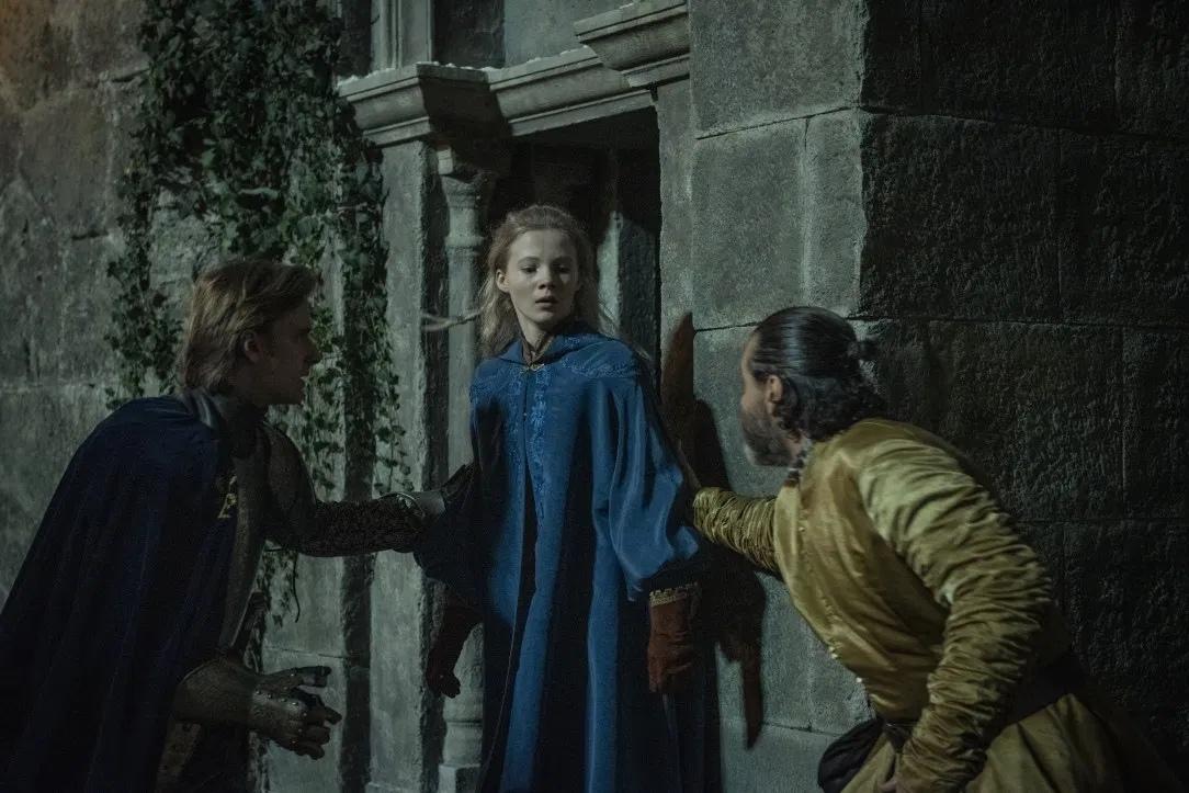 Netflix продлил «Ведьмака»на второй сезон —за полтора месяца до выхода первого 3