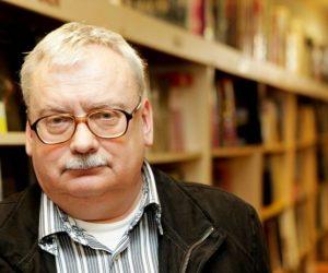 «Он настоящий профессионал»: Анджей Сапковский оГенри Кэвилле вроли ведьмака