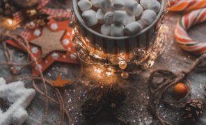 Время праздника! Расскажите оваших любимых новогодних произведениях