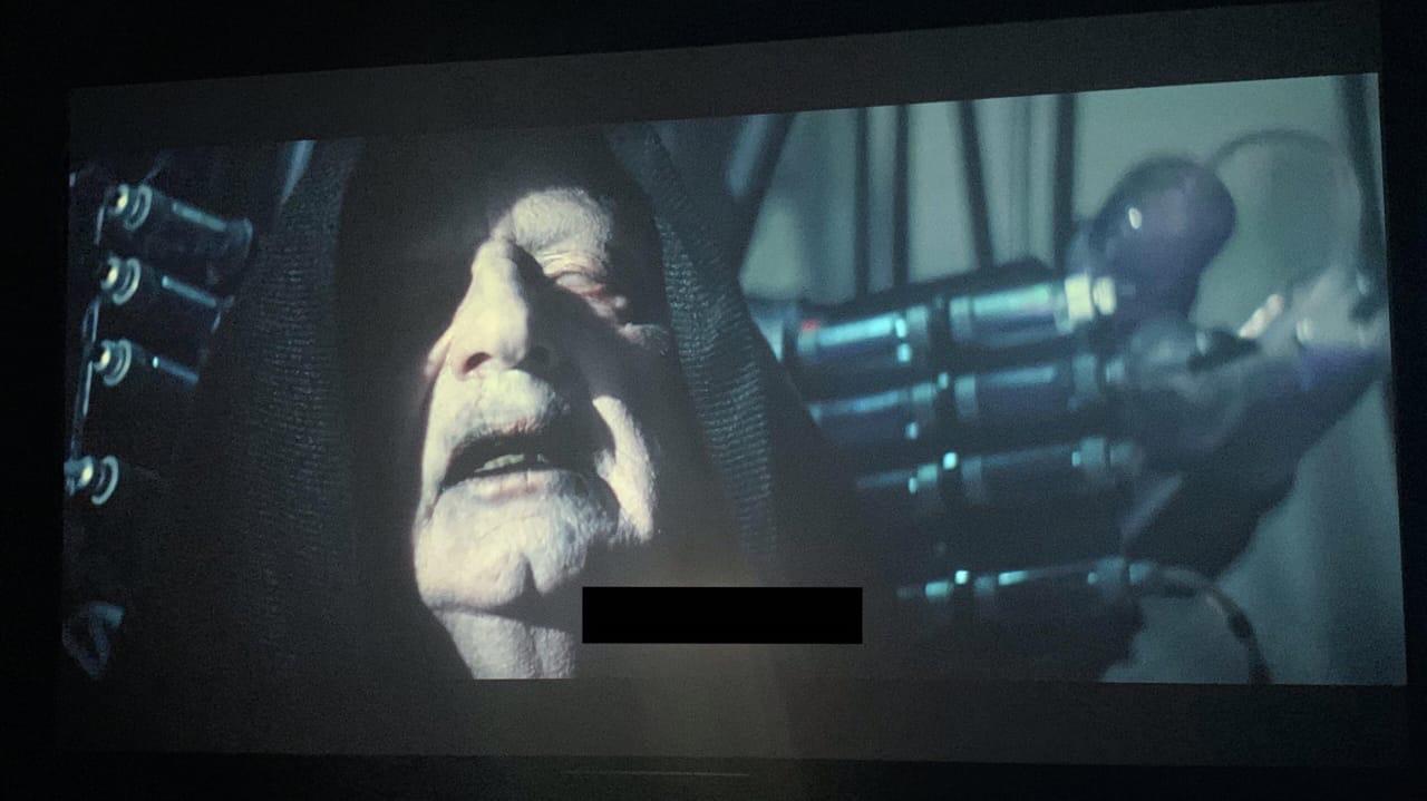 В сети появились спойлерные кадры из IX эпизода «Звёздных войн»