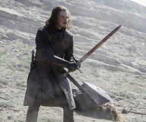 СМИ: кактёрскому сериалу по«Властелину колец» присоединился Роберт Арамайо —молодой Нед Старк