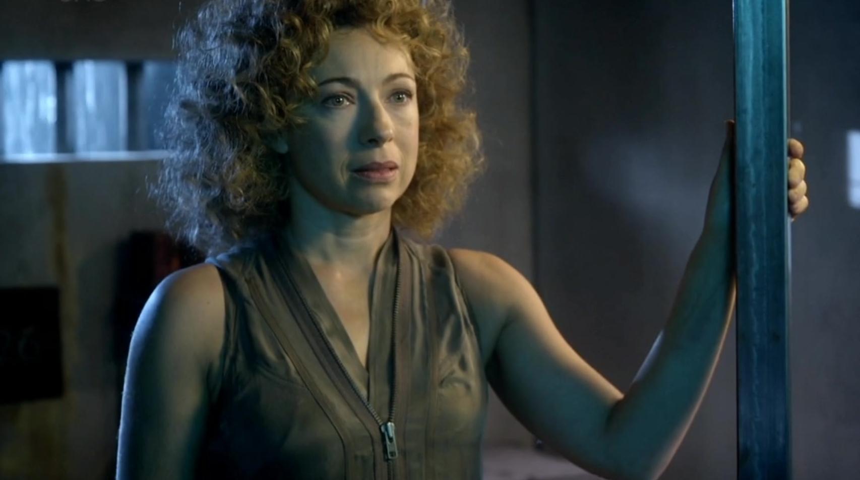 Кто теперь Доктор Кто? Правда ли финал 12 сезона обрушил канон сериала 8