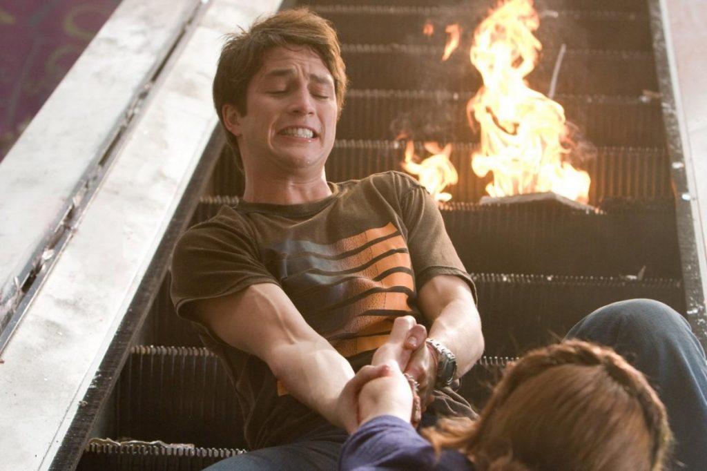 Серия «Пункт назначения»: 20 лет фильмам, плодящим у нас фобии 9