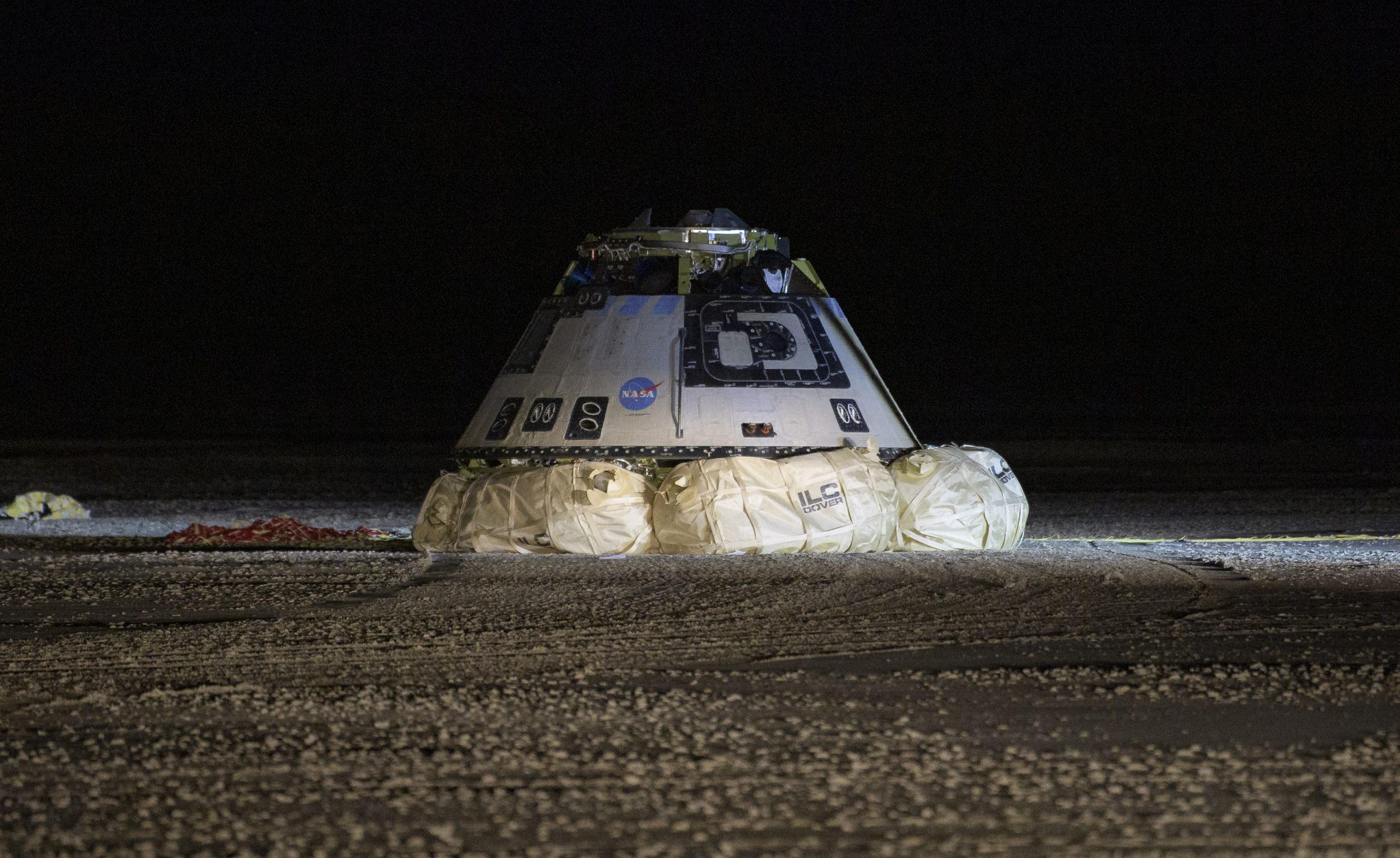 NASA и SpaceX планируют совершить первый пилотируемый запуск к МКС в середине или конце мая