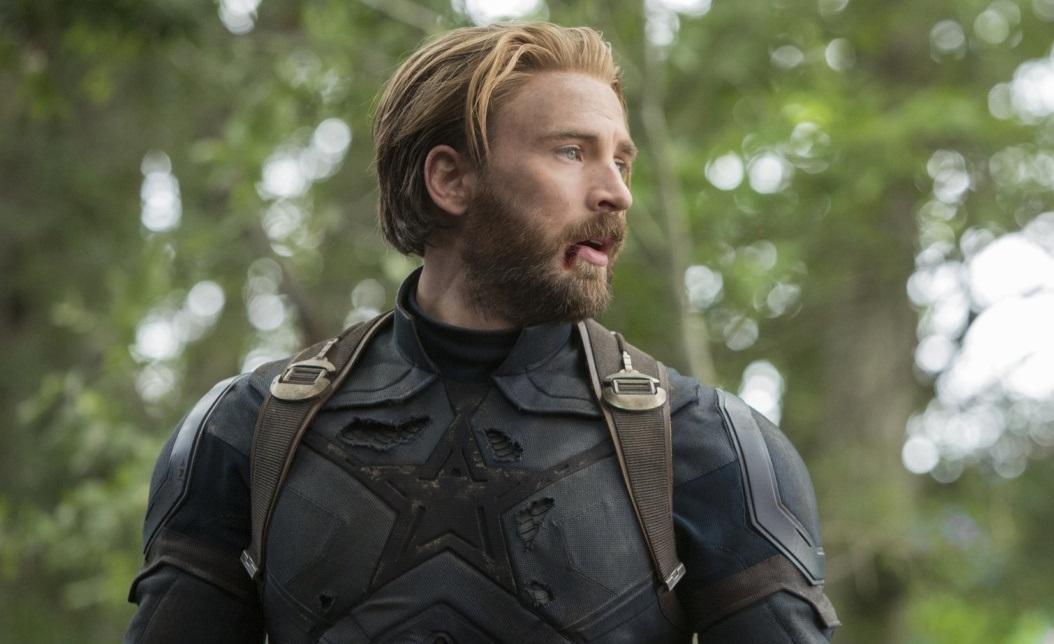 Крис Эванс сначала не хотел играть Капитана Америка — его уговорила мама