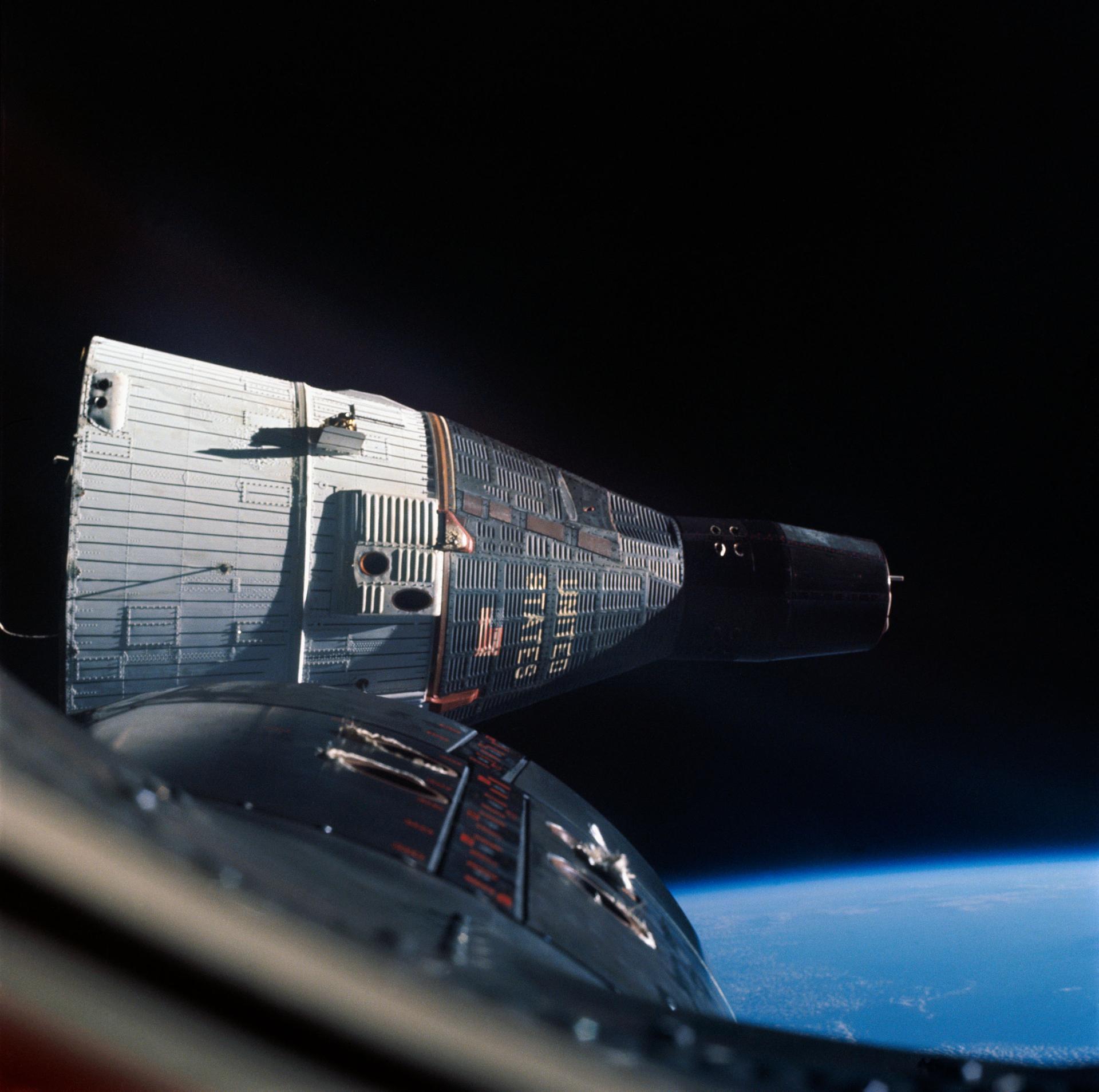 Корабли в небе. Развитие пилотируемой космонавтики 4